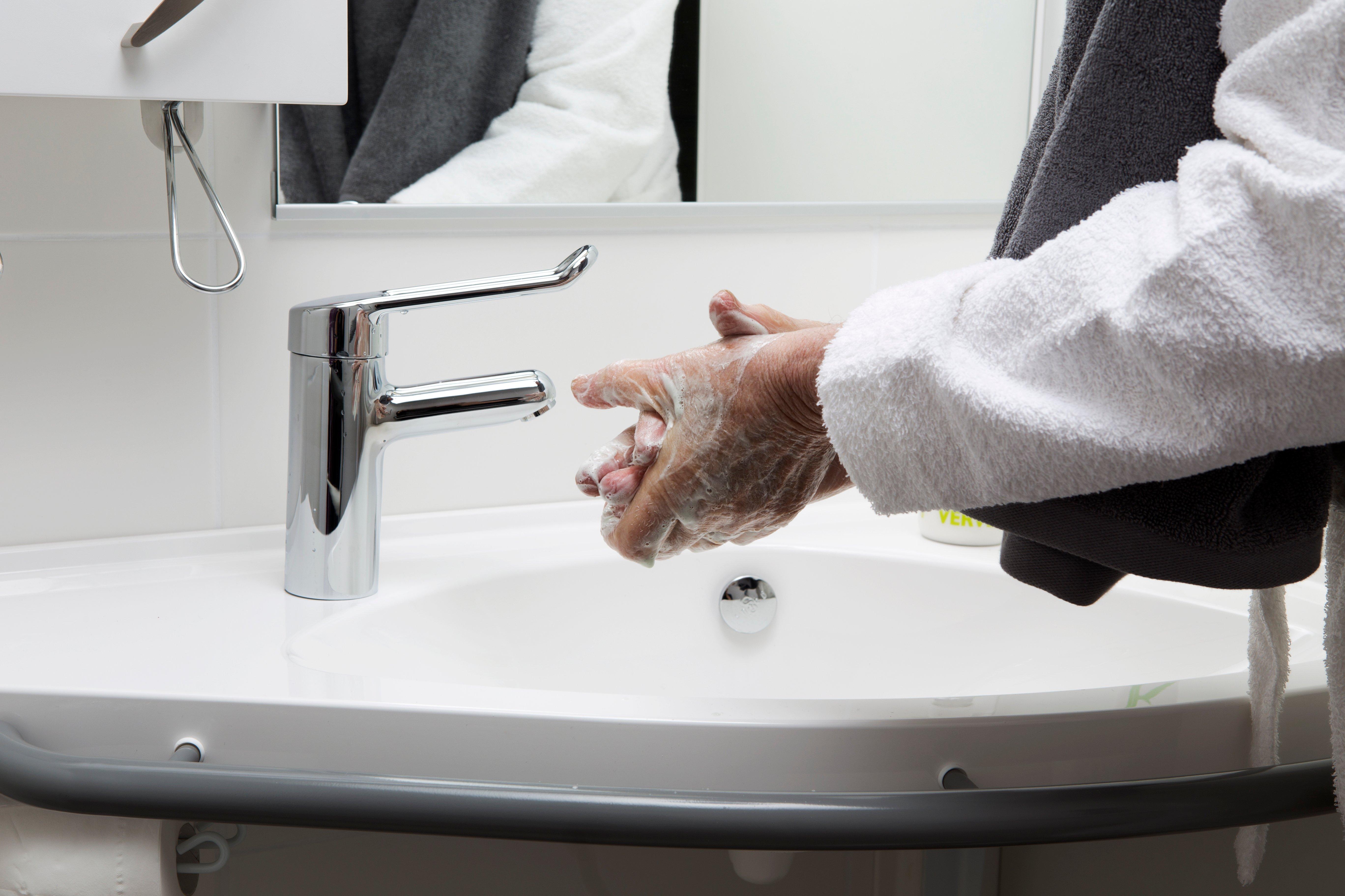 Hygienen ved sykehus er en viktig del av moderne sykehusbehandlinger og helsetjenester.