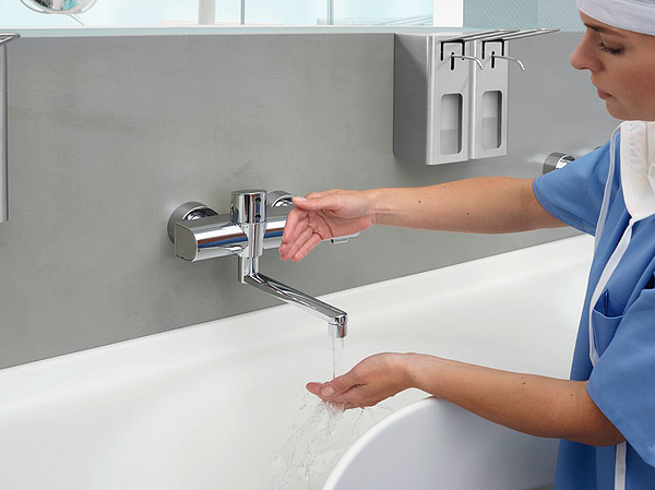 Touchless faucets reduce surface contact to a minimum and further improve hygiene in healthcare environments