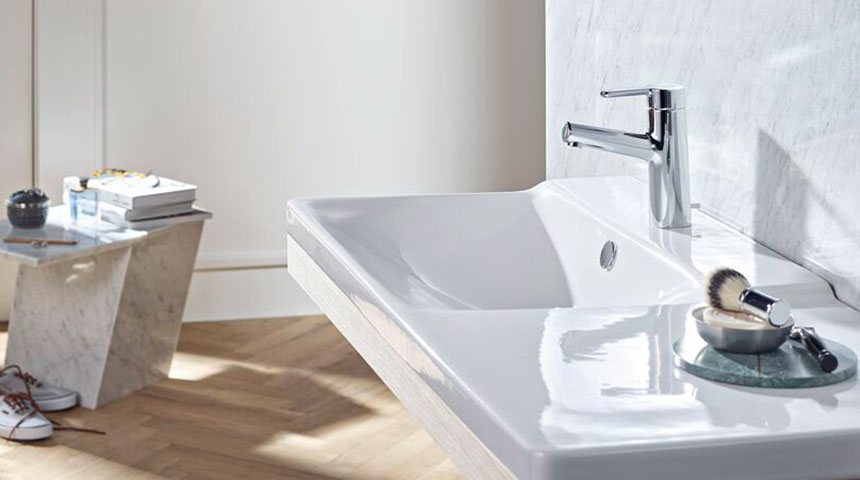 Single-lever faucets require only one installation hole, making them a good fit to majority of sink designs.