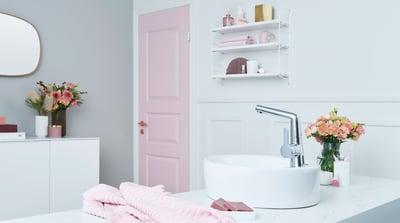 Oras Inspera håndvaskarmatur er udstyret med en smart svingtud