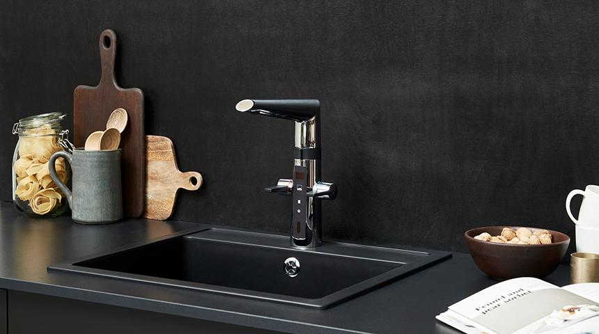 Optima_2727F_kitchen_faucet_black_860x480-12