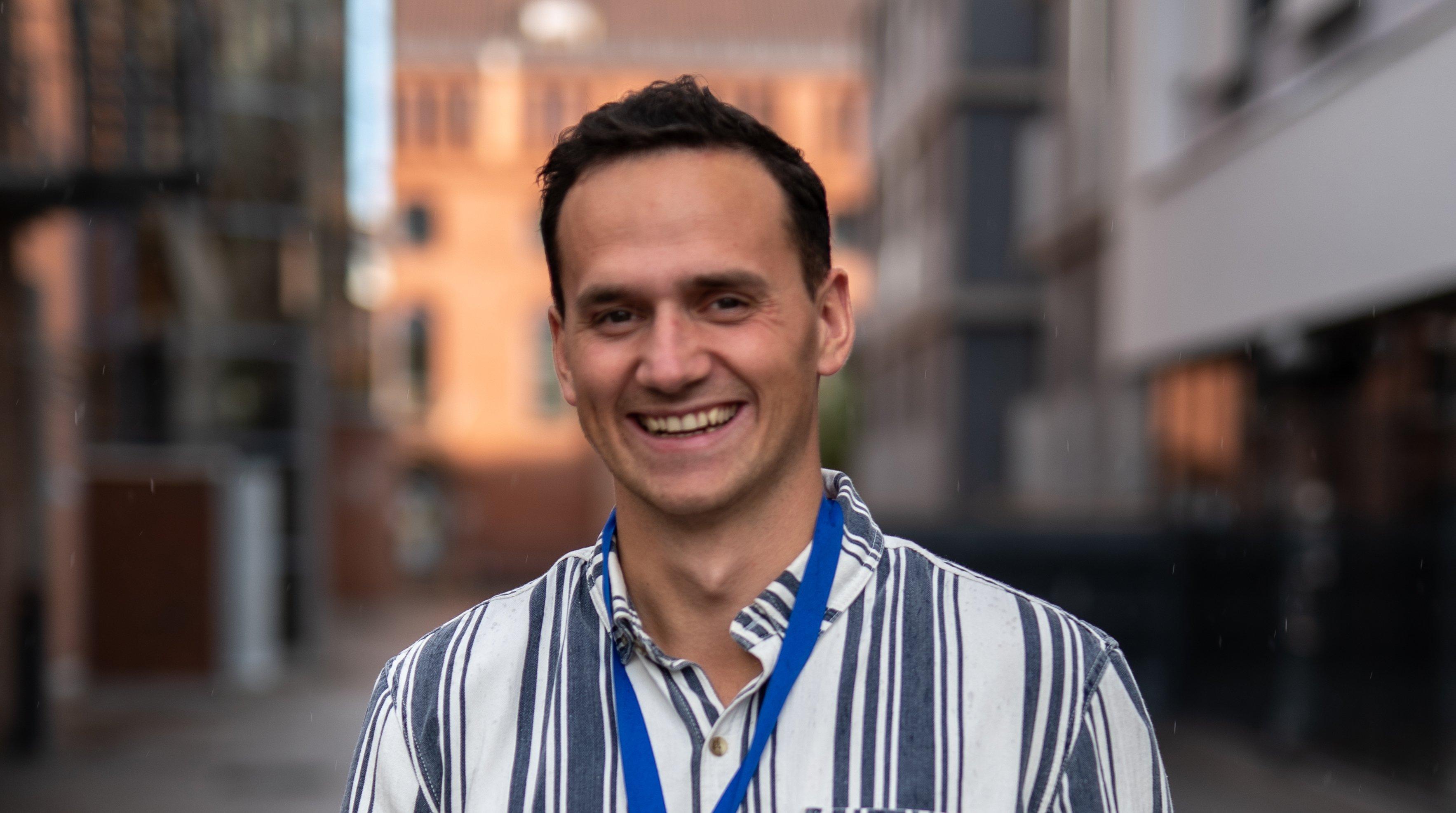 Edwin Larsen ble kåret til Norges hyggeligste rørlegger på et lukket finalearrangementet på Popsenteret i Oslo, lørdag 5. september.