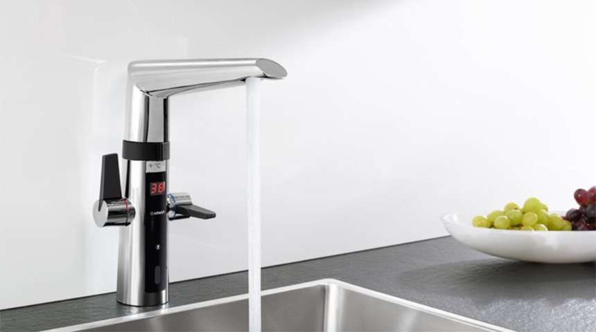 Oras Optima hybrid kitchen faucet with touchless function